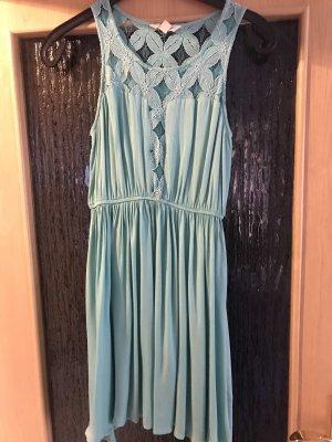 (Sommer-) Kleid