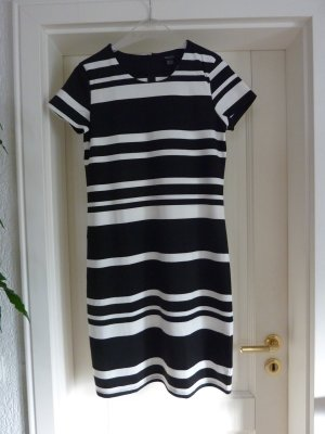 Sommer Kleid  besonders anschmiegsam