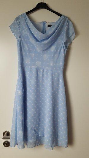 Sommer Kleid in hellblau