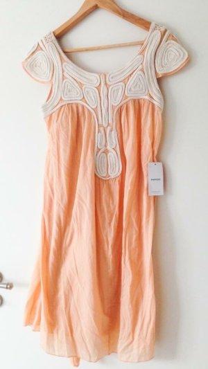 Sommer-Kleid von Mango