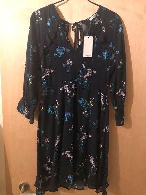 Sommer-Kleid von Mango mit floralem Muster Größe S