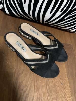 High-Heeled Sandals black-white