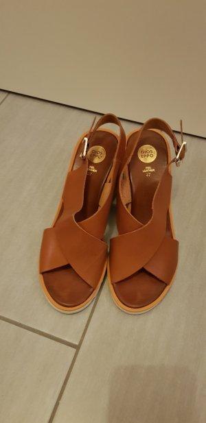Sandalo alto con plateau bianco-cognac