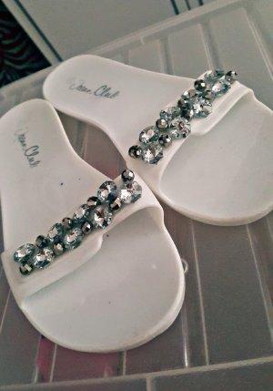 Sandalo da spiaggia bianco-argento