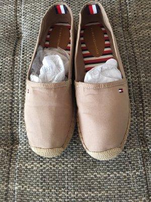 Sommer Schuhe von Tommy Hilfiger in der Größe 37.Neuwertig