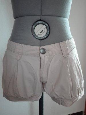 Sommer Shorts,in beige Farbe, aus 100% Baumwolle