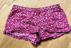 Sommer-Shorts mit Blumenmuster
