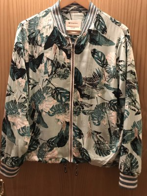 Sommerblouson mit tollem Muster