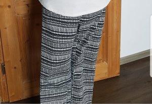 H&M Drainpipe Trousers white-black