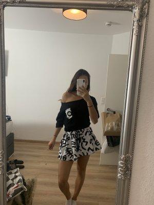 Abito maglione nero-bianco