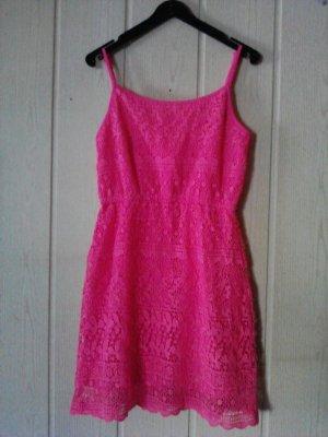 Vestito di lana rosa