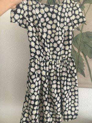 Sommerkleid Blumenkleid millefleur 32 XXS sweet blogger Instagram trend item