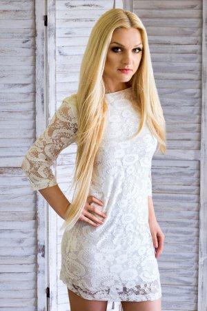 Abito da sposa bianco sporco-beige chiaro