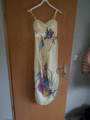 100 Robe à manches courtes multicolore