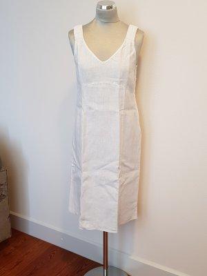 Backstage Off-The-Shoulder Dress white linen