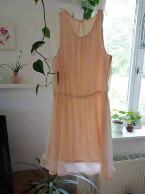 Chiffon jurk abrikoos