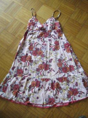 Sommerkleid geblümmt