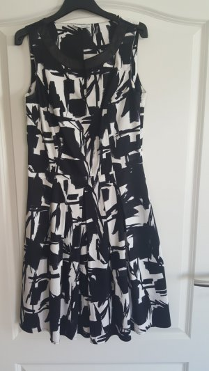 Sommerkleid gemustert schwarz/weiß