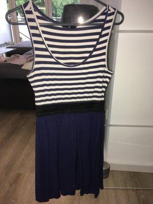 Sommerkleid gestreift