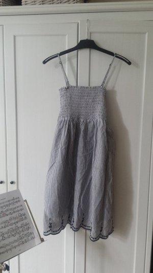 Sommerkleid gestreift mit Unterkleid