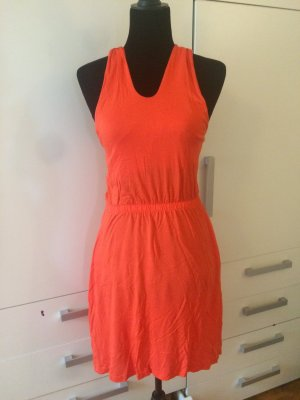 Sommerkleid Größe S von Mint & Berry mit seitlichen Taschen