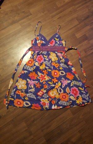 Sommerkleid im Blümchenlook