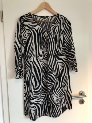 Sommerkleid im Zebra Look