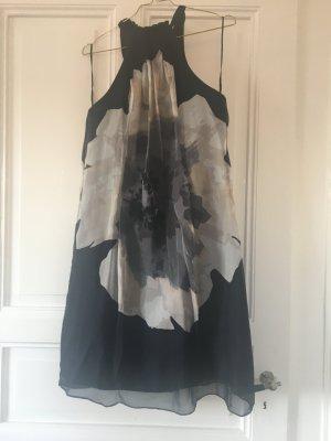 Sommerkleid in A-Linie in angesagtem Blütendruck