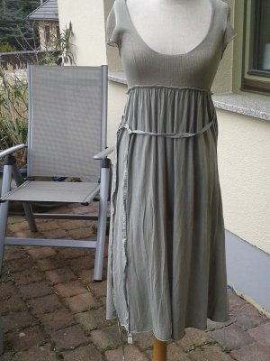 Sommerkleid in dünner BW und Seide. Leicht wie eine Feder