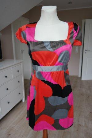 Sommerkleid in leuchtenden Farben Größe S