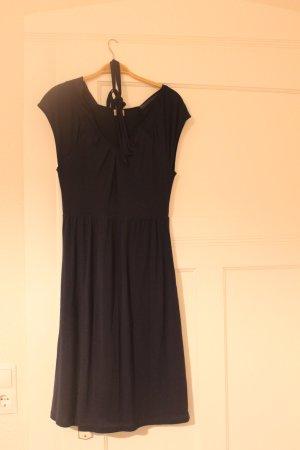 Sommerkleid in Marineblau von Esprit