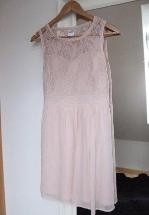 Sommerkleid in Rosé