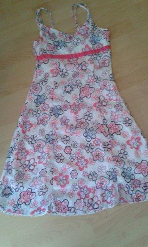 Sommerkleid mit Blümchen-Print