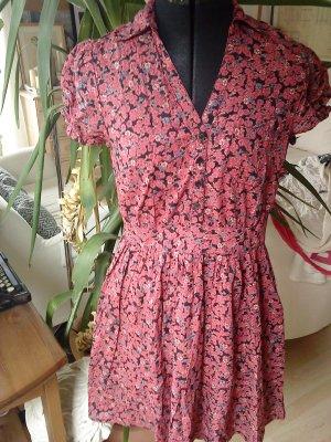 Sommerkleid mit Blümchen von HM 38