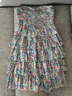 Sommerkleid mit Blümchenmuster