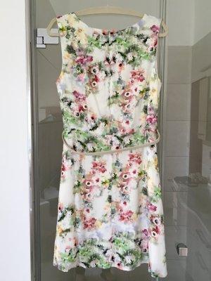 Sommerkleid mit Blütenprint von zero NEU