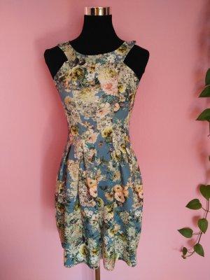 Sommerkleid mit Blumenaufdruck (K1)