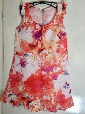 Sommerkleid mit Blumenmotiv