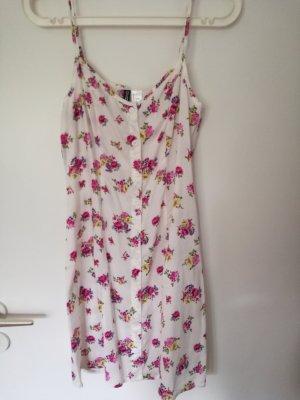 Sommerkleid mit Blumenmuster von H&M