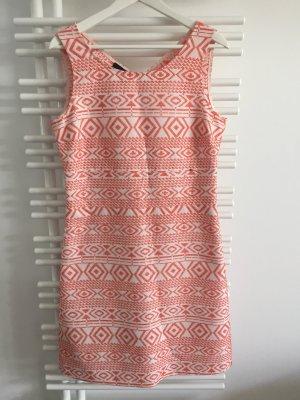 Sommerkleid mit Ethno Muster von Cinque