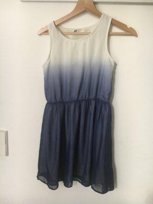 Sommerkleid mit Farbverlauf