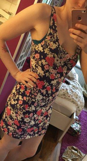 Sommerkleid mit Floralmuster