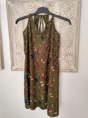 Sommerkleid mit geschnürten Trägern