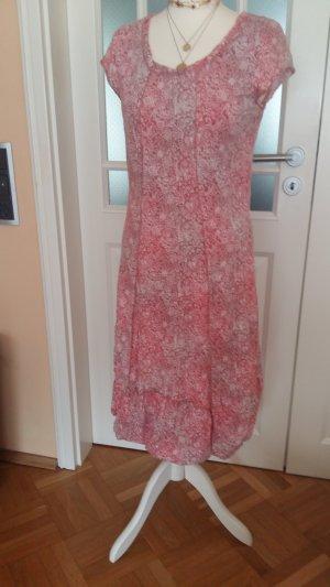 Sommerkleid mit kleinem Ärmelchen