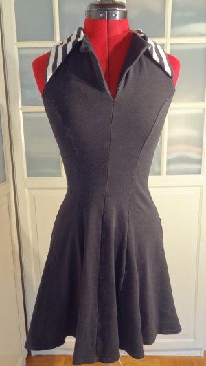 Sommerkleid mit Kragen von Logi co