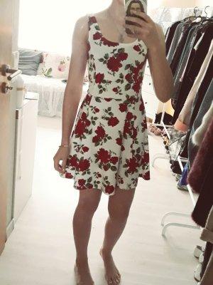 Sommerkleid mit Rosen