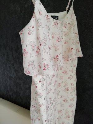 Sommerkleid mit Rüschen, luftig  36