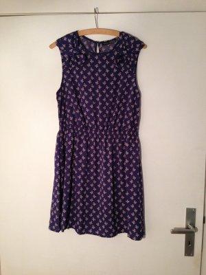 Sommerkleid mit Schleifen-Muster