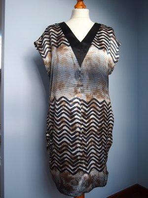 Sommerkleid mit schönem Muster