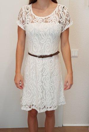 Sommerkleid mit Spitze